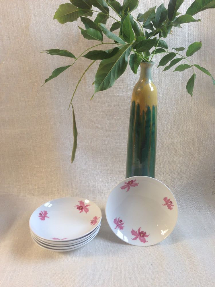 Jasmine's orchid bowls