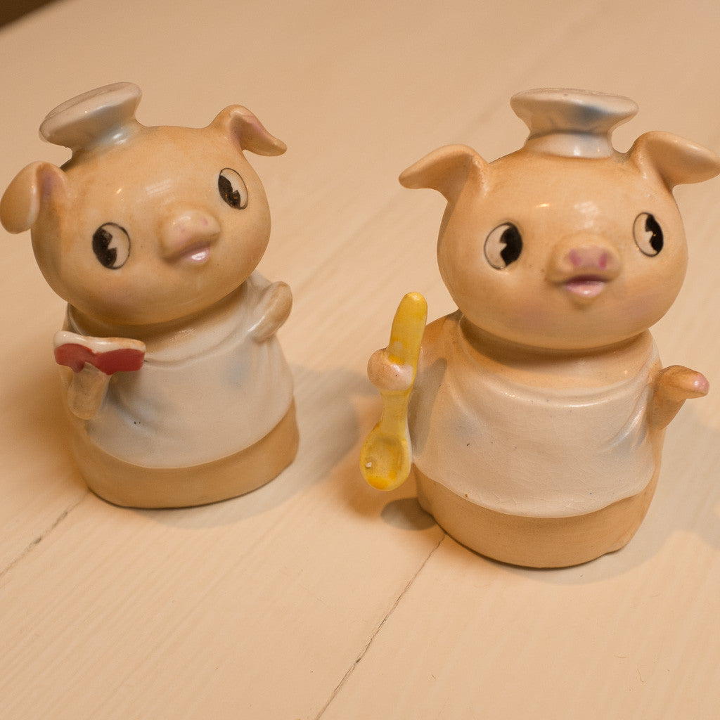 Patty's piggy salt and pepper shakers