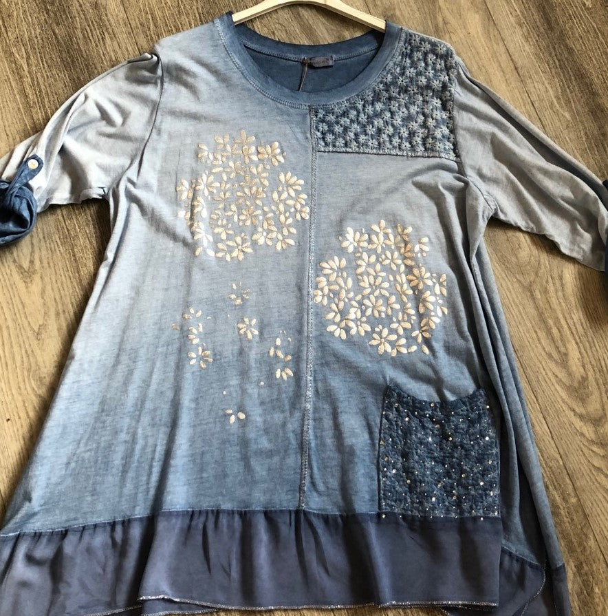 A NEW: Foil Flower Top in Blue