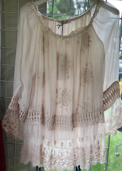 A NEW: Gypsy Style Top in Cream