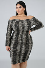 Plus Size Roaring Ruched Midi Dress BLACK