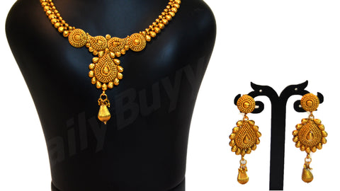 Gold finish necklace 4 Jewellery Sets