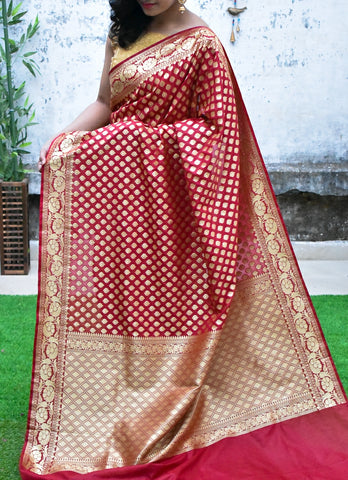 Magenta & Golden Banarasi Silk Sarees (Add to Cart Get 15% Extra Discount)