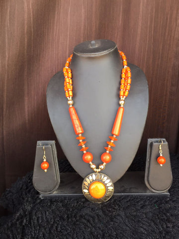 Design Glass Bead Necklace