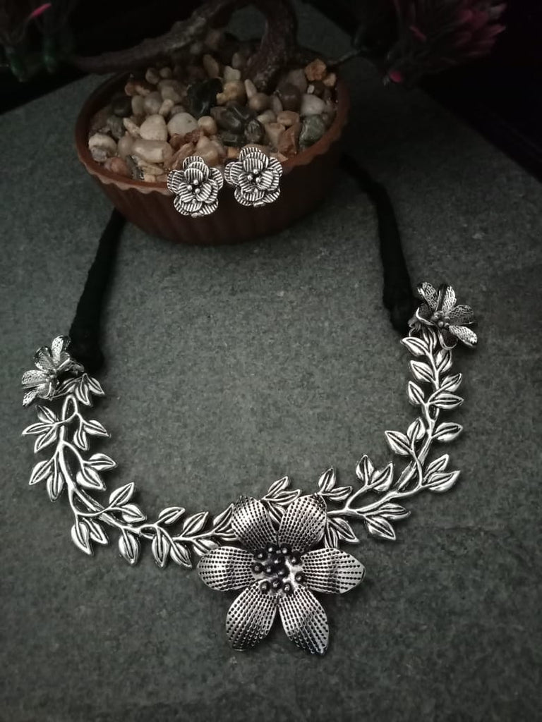 Design Necklace