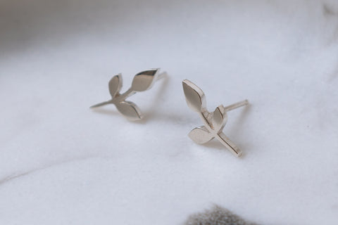 Three Leaf Studs