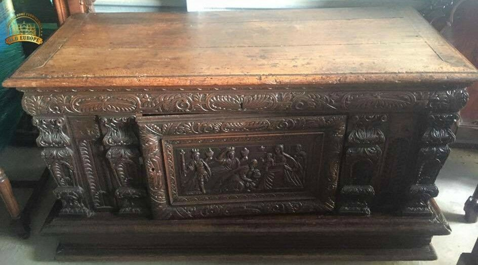 Antique Chest, Carved, Heavily Hand, European, 16th / 17th Century, Handsome!! Great for storage!