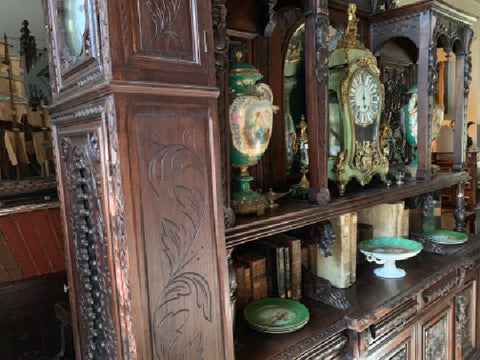 Decor: Art, Clocks, Statues, Candlesticks