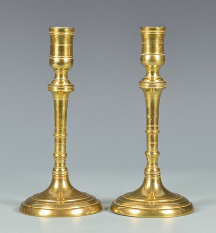 Gorgeous Pair of English Brass Candlesticks 18th Century ( 1700s )