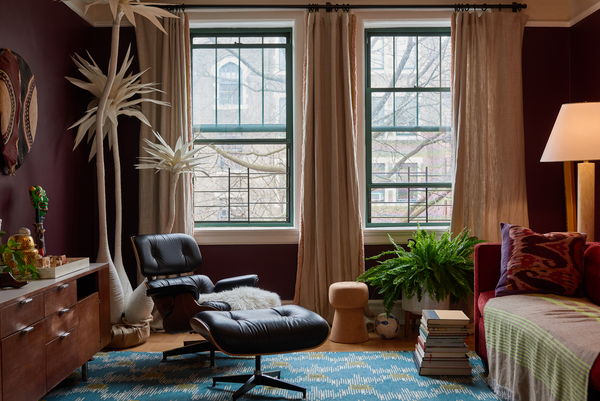 Eclectic and relaxed NYC apartment of Sophie Donelson of House Beautiful