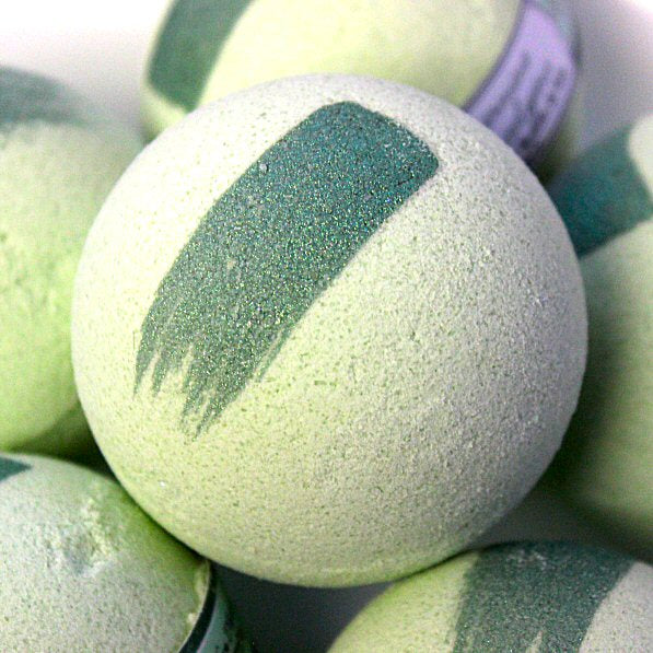 Spearmint and Eucalyptus Bath Bomb