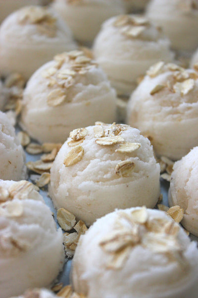 Oatmeal Milk and Honey Bubble Bath Truffle Scoops