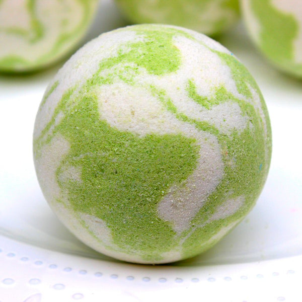 Coconut Lime Bath Bomb - Northerndlights