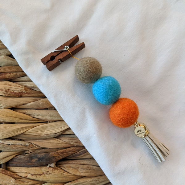 Pom Pom Diffuser - Tan, Teal, Orange