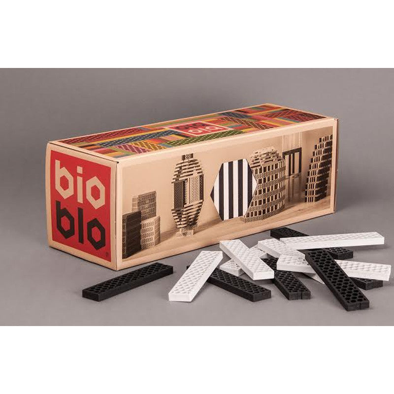 Classic Box - Building Blocks BIOBLO - www.fourmonkeys.com