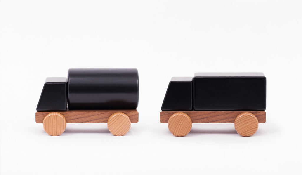 Solid Dream Car - Wood with Magnets