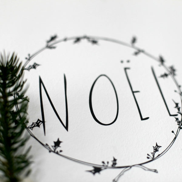 Holly Wreath  Wall Decal SHANNA MURRAY - www.fourmonkeys.com