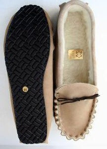 Moccasin slipper Hard Sole with Wool lining | Berry