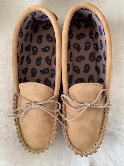Leather Moccasin with Fabric Lining and Hard Sole | Chris