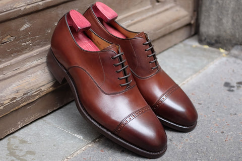 Carlos Santos Classic Oxford in Chestnut with Dainite