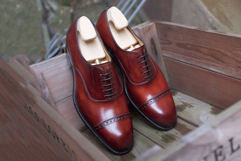 Carlos Santos Classic Oxford in Wine Shadow