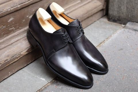 Carlos Santos Derby in Black Calf