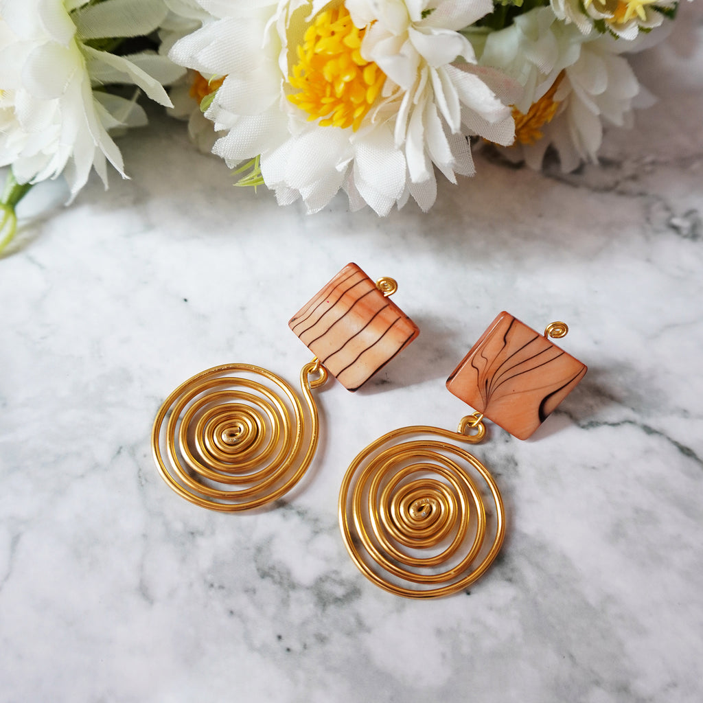 Brown Shell with Wire Swirl Earrings