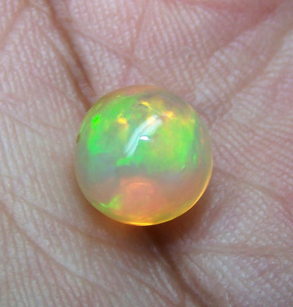 Masterpiece Ultra Rare Insane Multi Rainbow Fire Color Play Ethiopian Welo Opal Smooth 9 MM Round Sphere Ball AAA