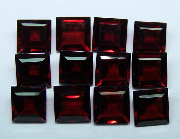 Amazing Hot Orange-Red Shade of Masterpiece Calibrated 6 x 6 mm Square Cut of Mozambique Garnet, 100 % Natural Loose Gemstone Wholesale Lot/Parcel AAA