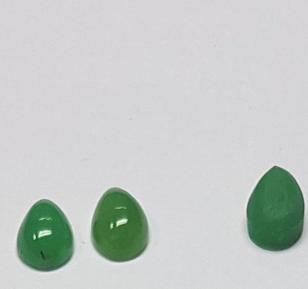 Masterpiece Collection : Premium Emerald Green 7 x 10 MM African Chrysophrase Pear Cabochon, Opaque Loose Gemstone Lot/Parcel AAA