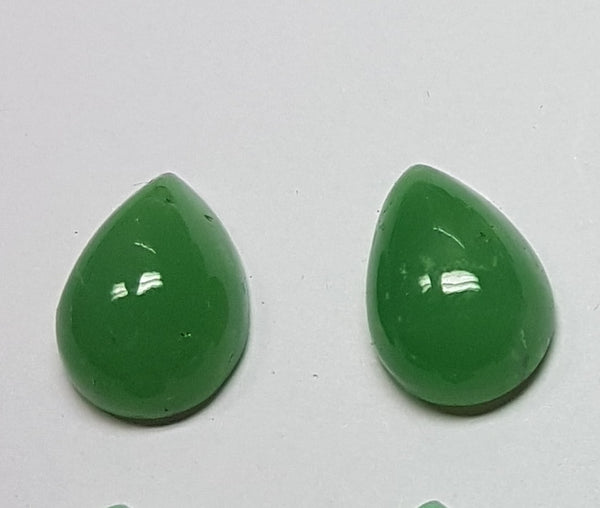 Masterpiece Collection : Premium Emerald Green 13 x 18 MM African Chrysophrase Pear Cabochon, Opaque Loose Gemstone Lot/Parcel AAA
