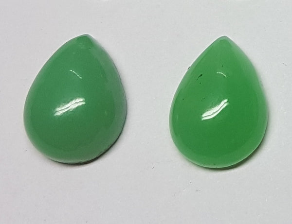 Masterpiece Collection : Premium Emerald Green 15 x 20 MM African Chrysophrase Pear Cabochon, Translucent to Opaque Loose Gemstone Lot/Parcel AAA