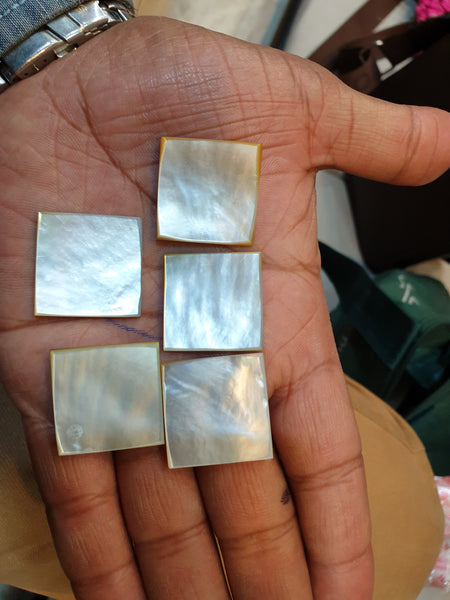 Masterpiece Collection : White/Cream Natural Mother of Pearl Square Cabochon Gems > Wholesale Parcel/Lot