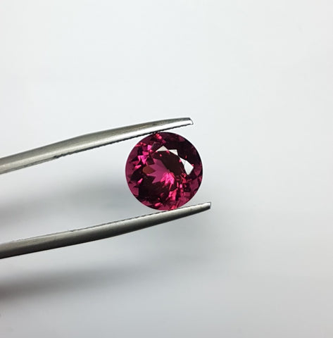 3.95 cts Natural Hot Burgandy Rubellite, Faceted Round Gem, Great color, Eye Clean Loose Gemstone AAA