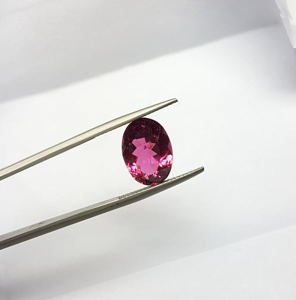 6.65 cts Natural Hot Luscious Rubellite, Faceted Oval Gem, Great color, Eye Clean Loose Gemstone AAA