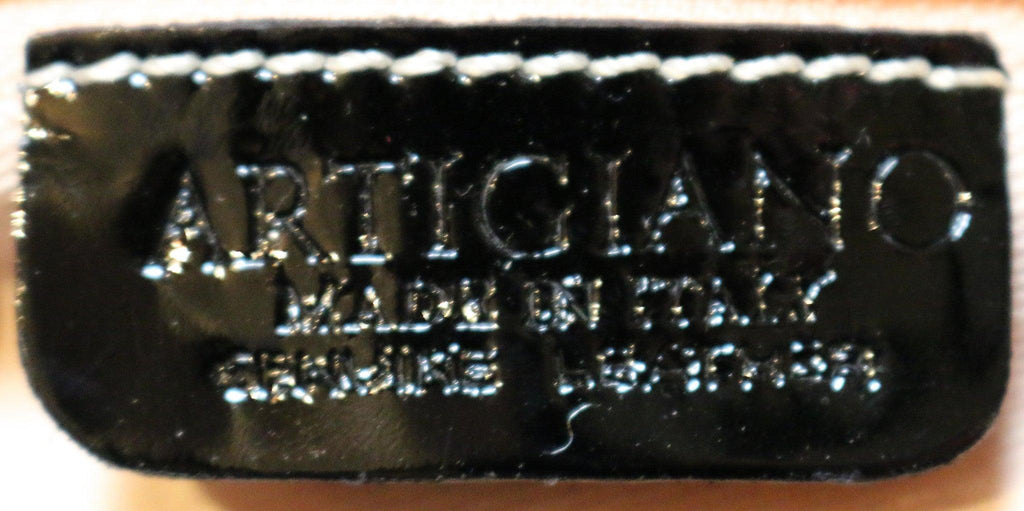 Artigiano patent leather handbag  label