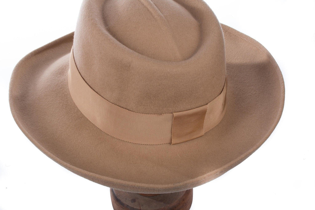 Beige wool hat