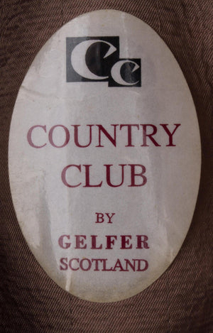 Country club checked hat size L