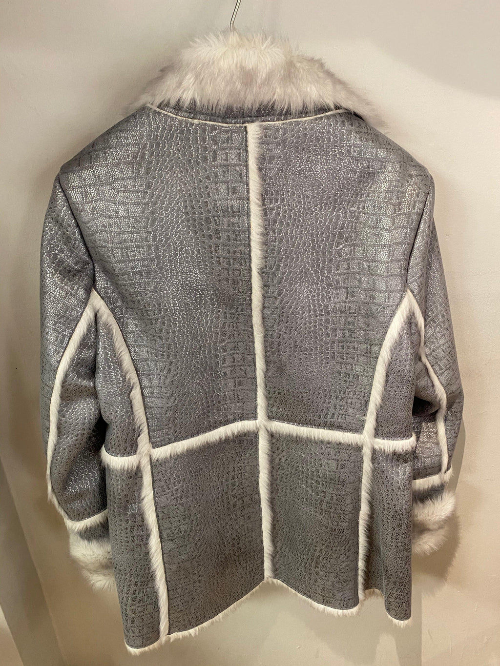 Dennis Basso Silver Coat UK with Faux Sankeskin and Fur Trim Silver Size S