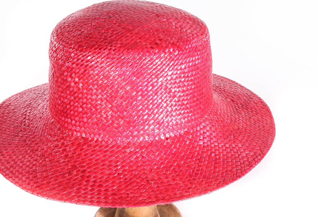 Bermona Trend red straw hat detail