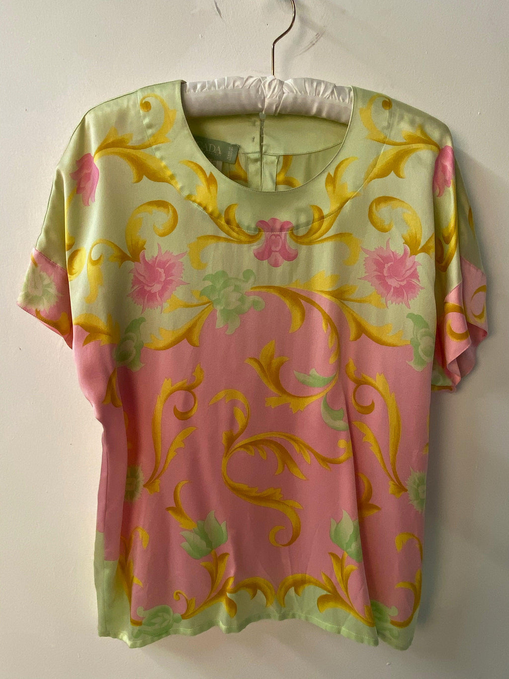Escada Short Sleeve Blouse Pink and Green Silk Floral Pattern Size 40 (UK12)