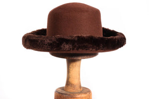 Brown hat with fur rim