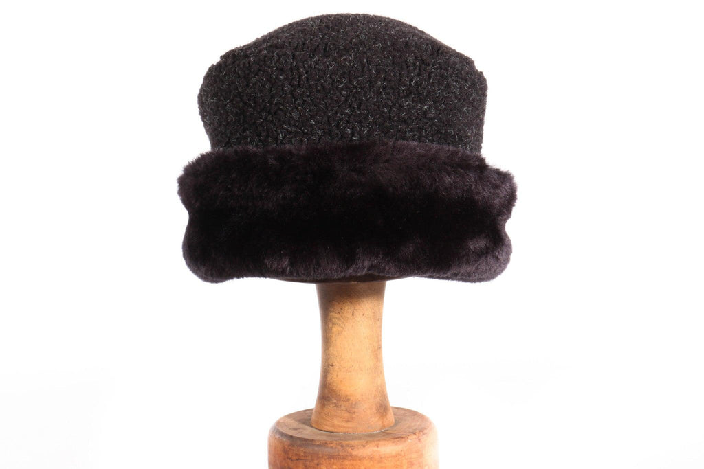 Balfour black fur hat with fleece top