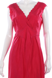 Beautiful red silk dress with scalloped neckline size 12/14