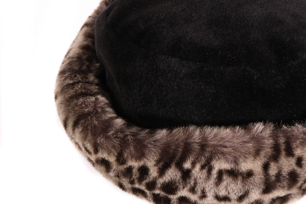 Black fur hat with leopard print rim detail