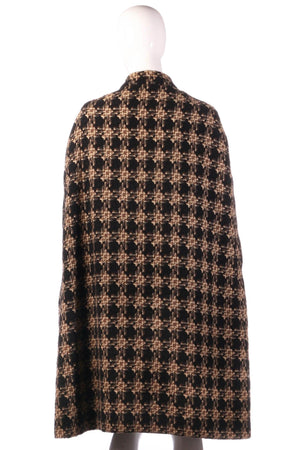 Checked cape jacket back
