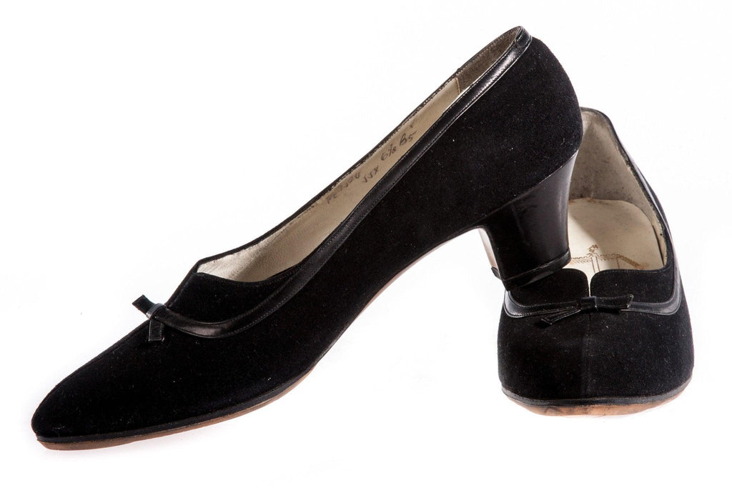 Black suede shoes with bow front