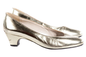 Silver metallic shoes  side