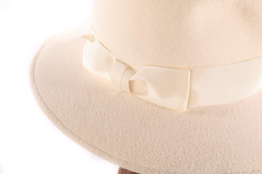 Bermona cream fedora side
