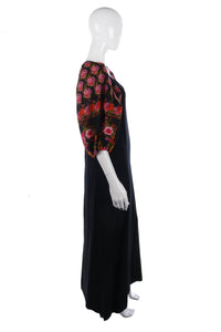 Fantastic 1970's vintage long dress with floral sleeves size S/M